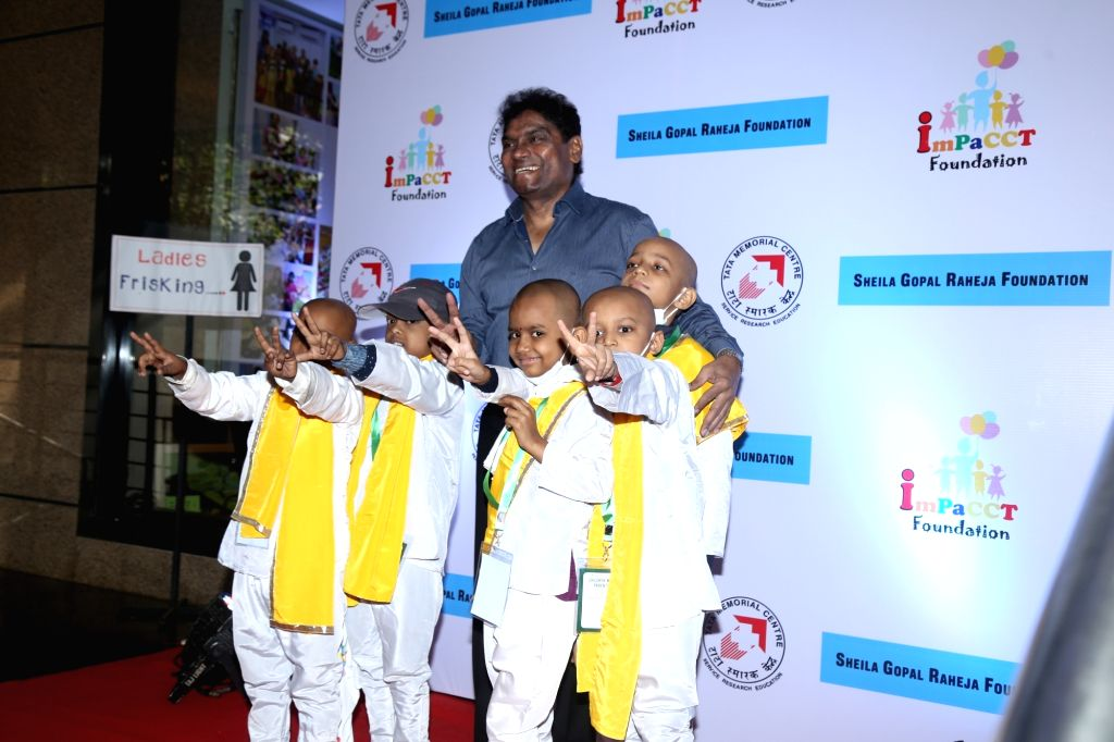 Actor Johnny Lever during a programme with cancer patient childrens , in Mumbai on Dec 15, 2019. - Johnny Lever