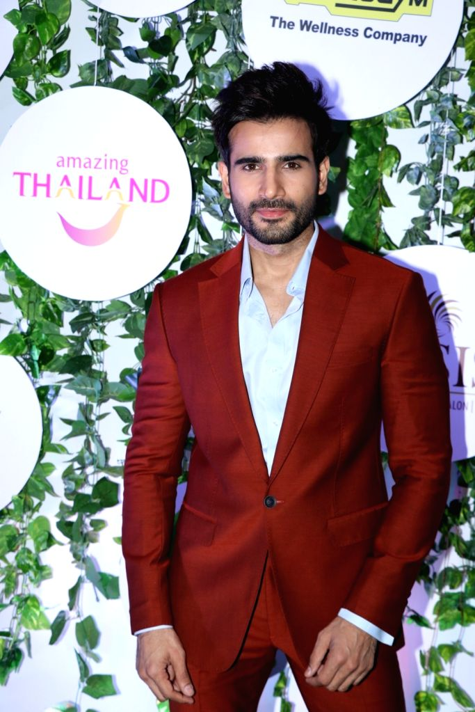 Actor Karan Tacker at the red carpet of Asia Spa Fit & Fabulous Awards 2018 in Mumbai on Oct 30, 2018. - Karan Tacker