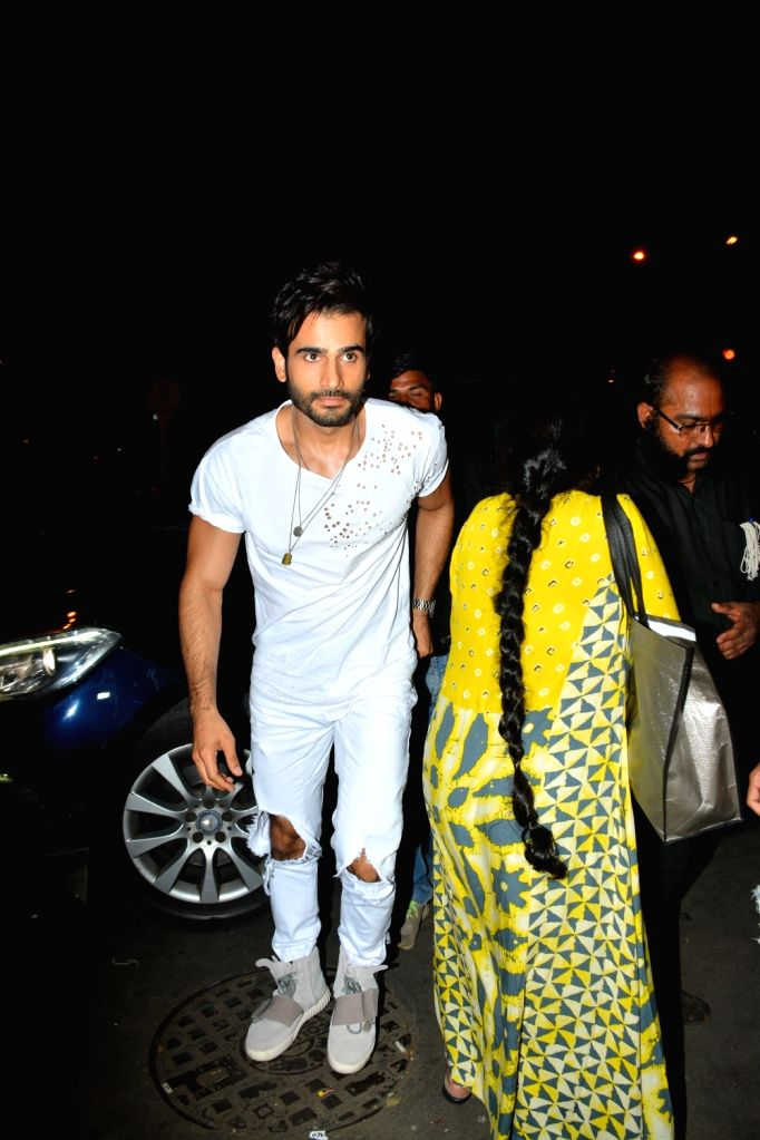 Actor Karan Tacker seen at Mumbai's Bandra on Sept 9, 2018. - Karan Tacker