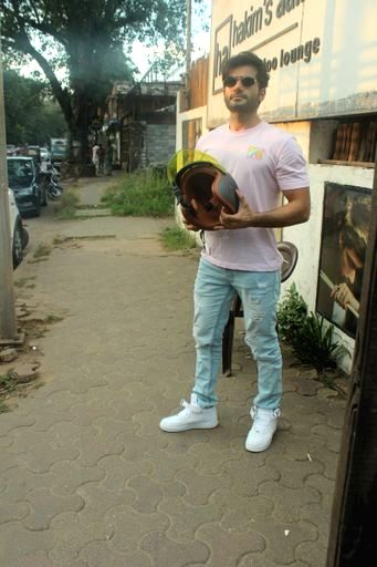 Actor Karan Tacker seen at Versova in Mumbai on Nov 20, 2020. - Karan Tacker