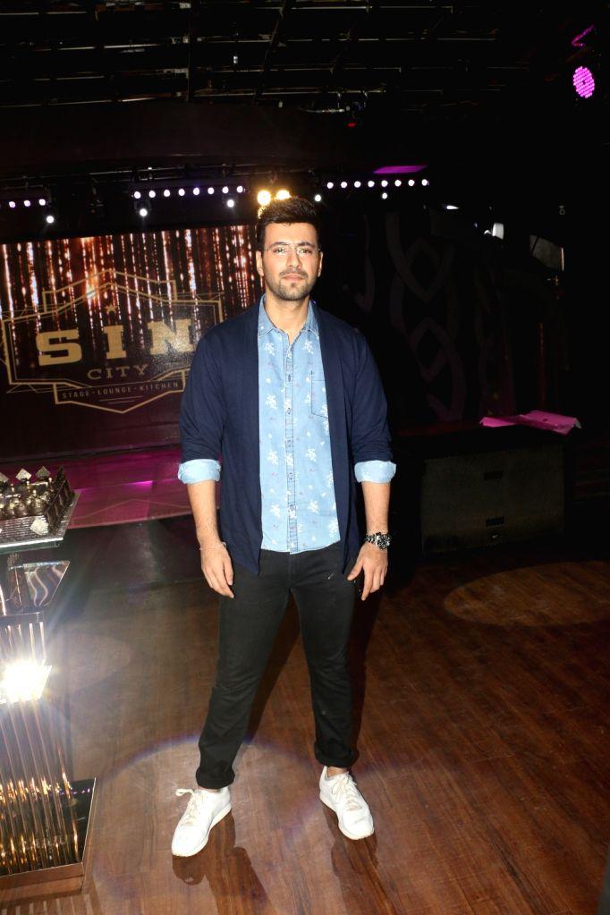 """Actor Karanvir Sharma at the wrap-up party of his upcoming film """"Blank"""" in Mumbai, on April 12, 2019. - Karanvir Sharma"""