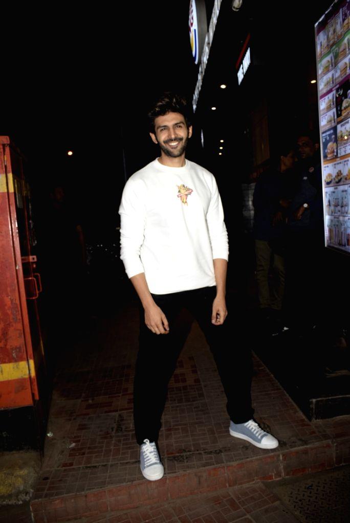 Actor Kartik Aaryan at film Luka Chuppi's wrap up party in Mumbai on Jan. 28, 2019 - Kartik Aaryan