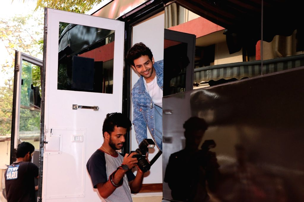 Actor Kartik Aaryan on the set of Neha Dhupia's show Vogue BFFs Season 3 in Mumbai, on Feb 12, 2019. - Kartik Aaryan and Neha Dhupia