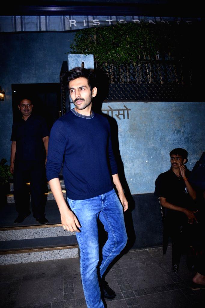 Actor Kartik Aaryan seen at Bandra in Mumbai on Oct 15, 2019. - Kartik Aaryan