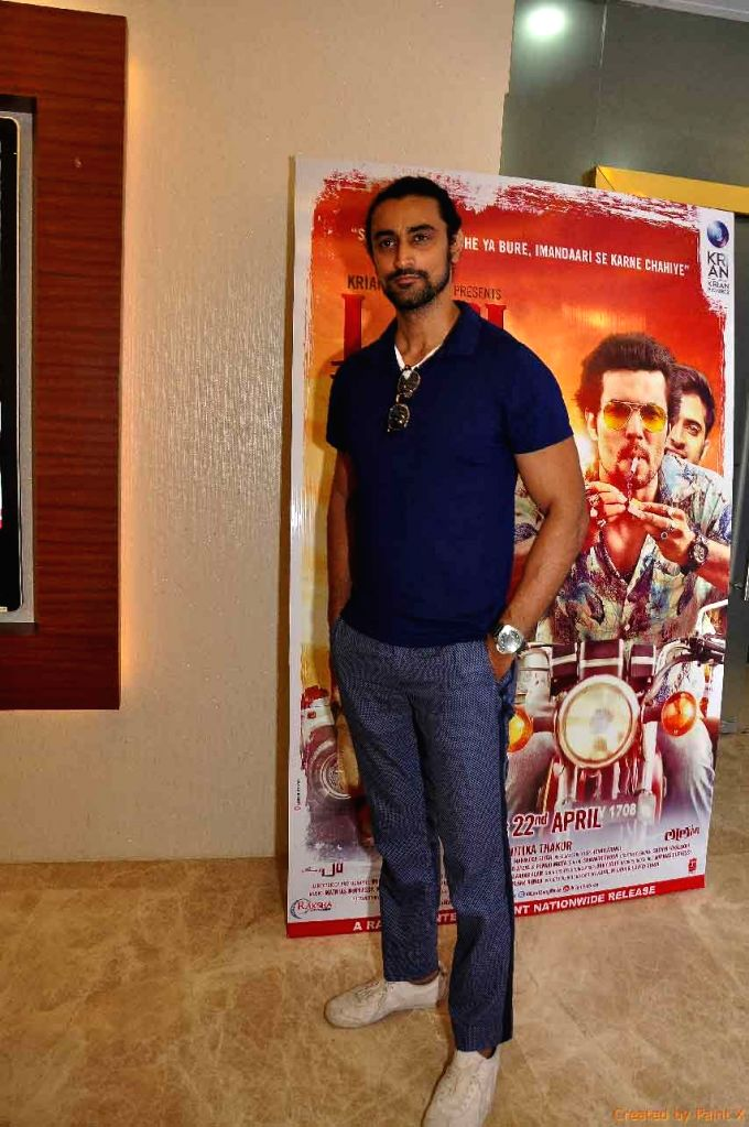 Actor Kunal Kapoor during the screening of film Laal Rang hosted by Akshay Oberoi, in Mumbai on April 20, 2016. - Kunal Kapoor