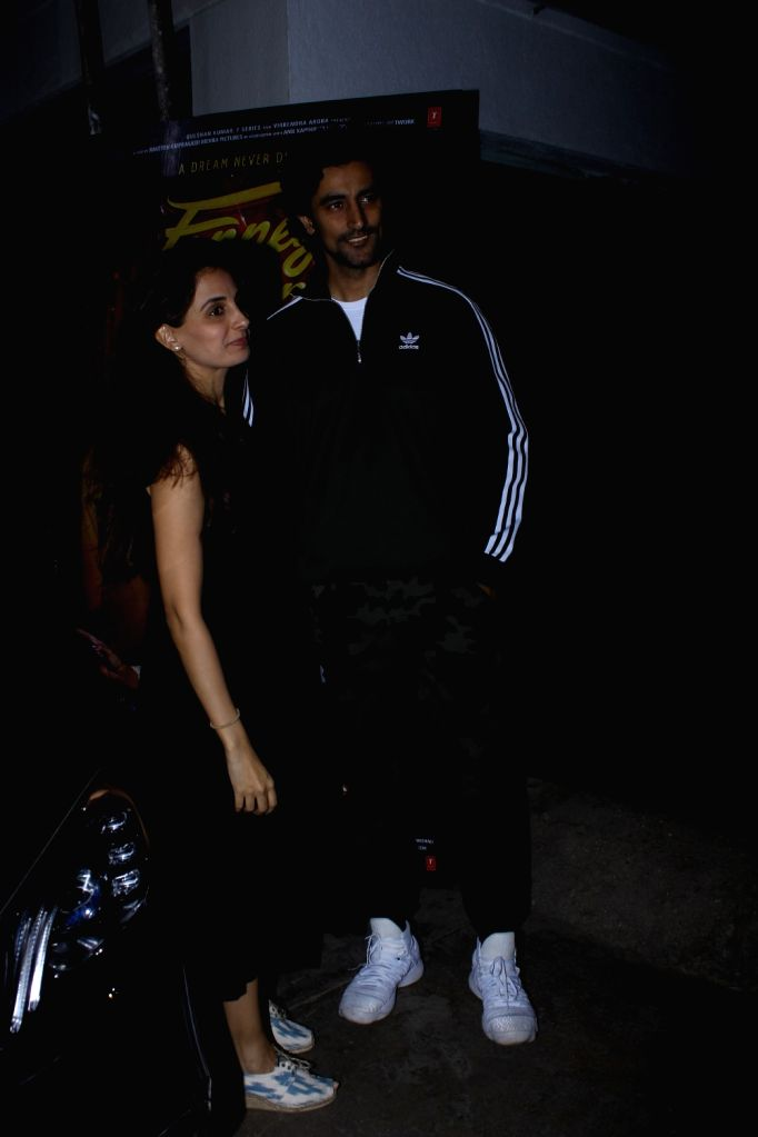 """Actor Kunal Kapoor with his wife Naina Bachchan at the special screening of upcoming film """"Fanney Khan"""", in Mumbai on Aug 1, 2018. - Kunal Kapoor, Naina Bachchan and Fanney Khan"""