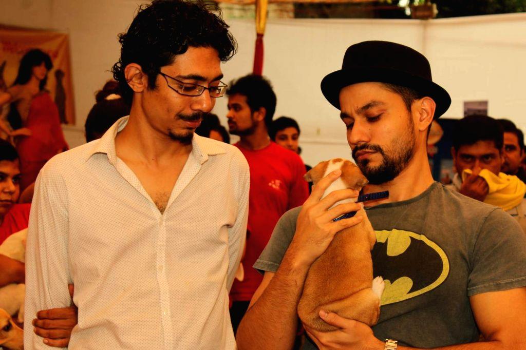 Actor Kunal Khemu during a animal adoption drive in Mumbaion Nov 22, 2015.