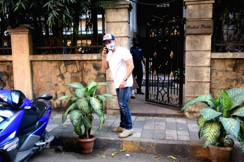Actor Kunal Khemu seen at the office of Excel Films at Khar in Mumbai on Nov 17, 2020. - Kunal Khemu