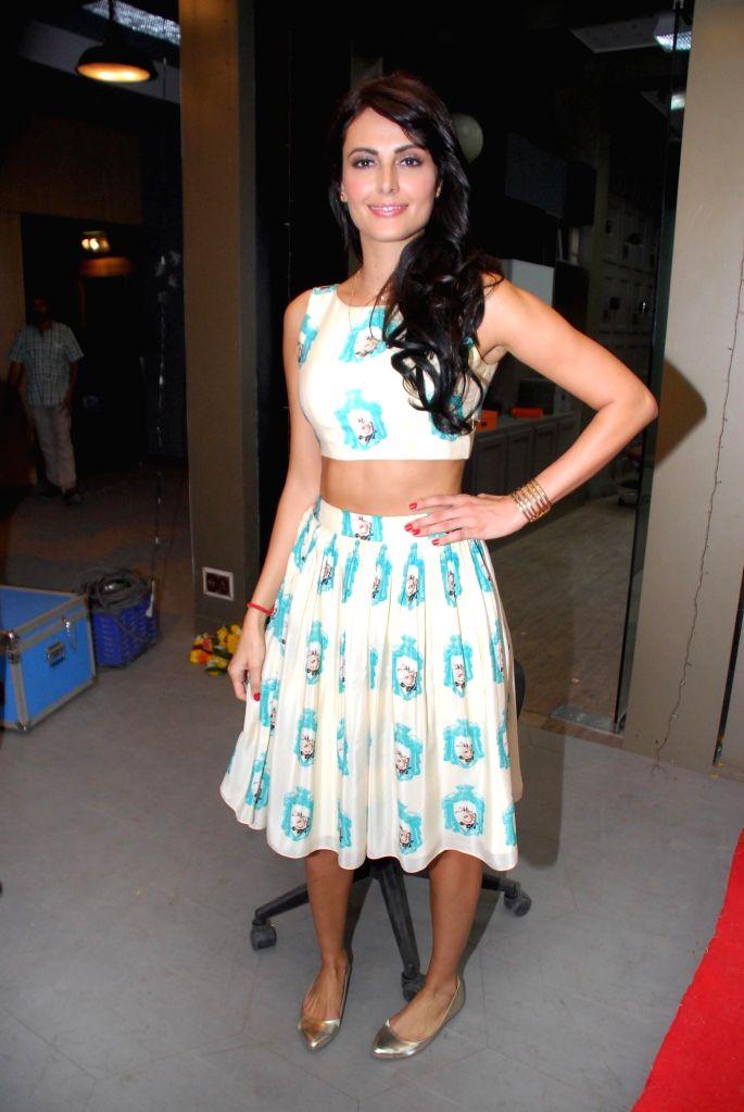 Actor Mandana Karimi during the launch of upcoming film Kya Kool Hain Hum 3 in Mumbai, on Dec 7, 2014. - Mandana Karimi