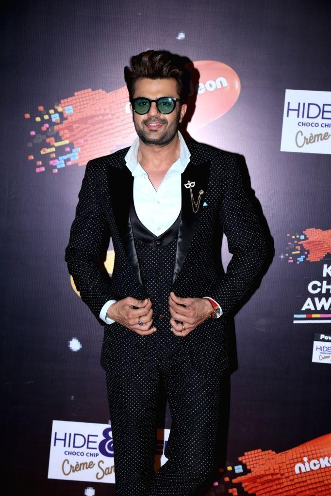 "Actor Maniesh Paul at the orange carpet of ""Nickelodeon Kids Choice Awards 2018"" on Dec 14, 2018. - Maniesh Paul"