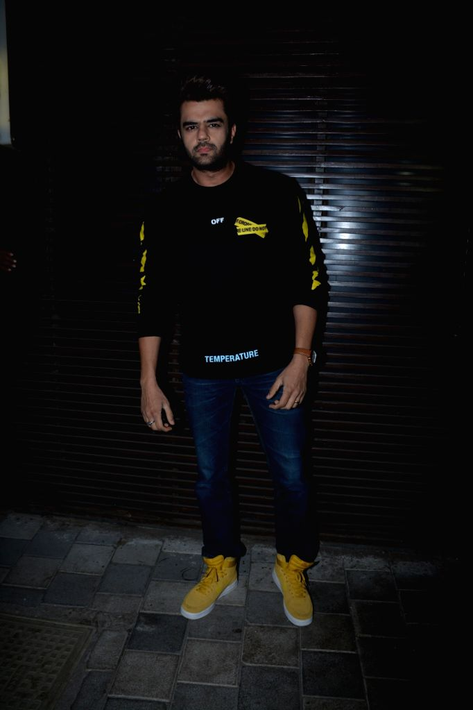 """Actor Maniesh Paul at the success party of film """"Badhaai Ho"""" in Mumbai on Oct 30, 2018. - Maniesh Paul"""