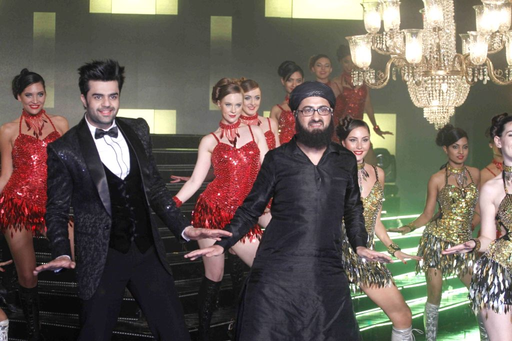 Actor Manish Paul during the song launch of film Tere Bin Laden Dead or Alive, in Mumbai, on Jan 21, 2016. - Manish Paul
