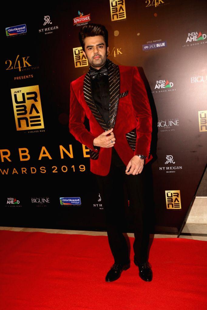 "Actor Manish Paul on the red carpet of ""Urbane Awards 2019"", in Mumbai, on June 1, 2019. - Manish Paul"