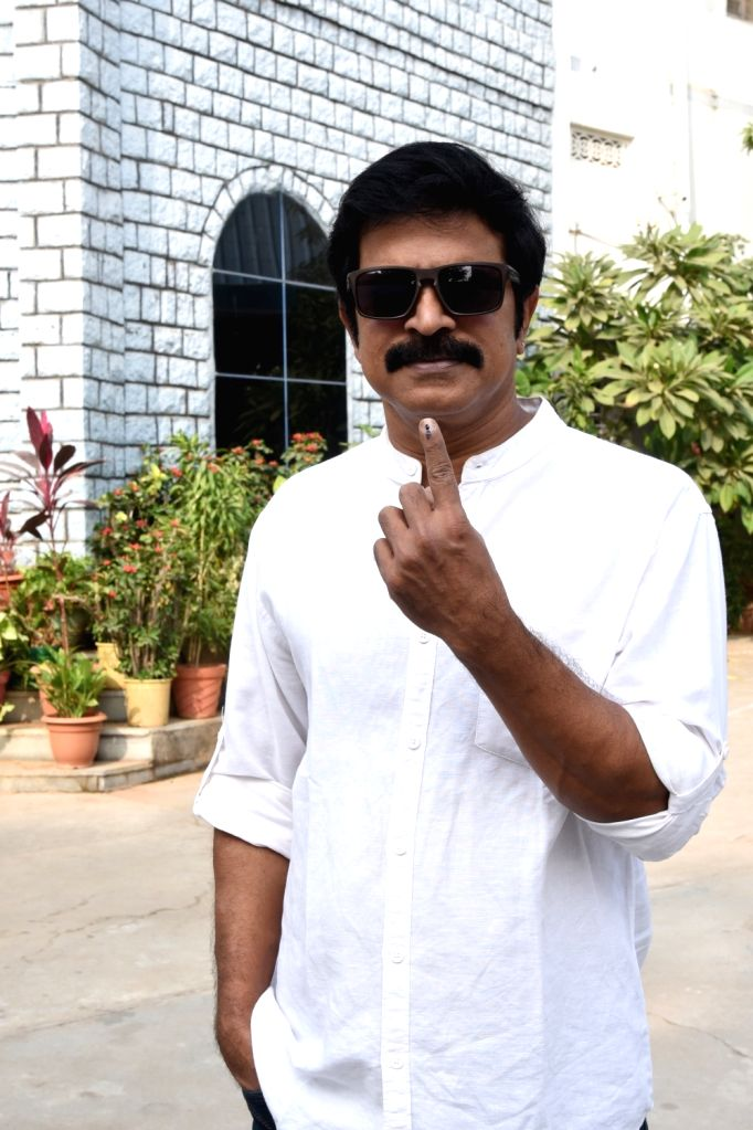 Actor Meka Srikanth shows his inked finger after casting his vote for Telangana Assembly elections in Hyderabad on Dec 7, 2018. - Meka Srikanth