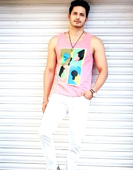 """Actor Mohit Malhotra of """"Splitsvilla"""" fame will soon be seen in his first Bollywood project """"Hacked"""". He says TV actors are getting accepted in films now. Mohit said that the line between TV and films is blurring now. - Mohit Malhotra"""