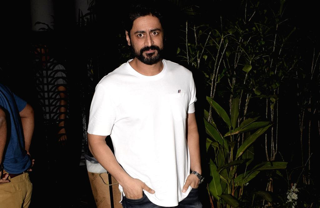 Actor Mohit Raina seen in Mumbai's Juhu, on March 4, 2019. - Mohit Raina