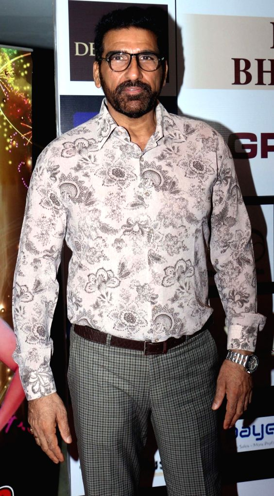 Actor Mukesh Rishi at the finale of Mrs./ Miss/Mr. Bharat Icon 2019, in Mumbai on Sep 29, 2019. - Mukesh Rishi