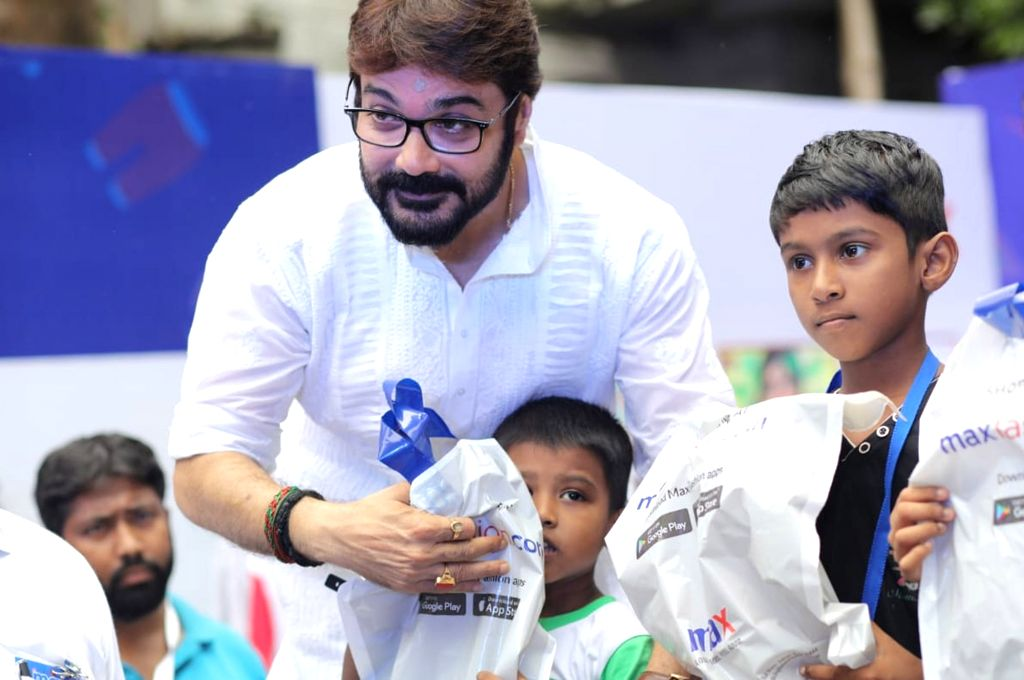 Actor Prasenjit Chatterjee during a programme where he unveiled 'Wall of Kindness' an initiative to brighten the lives of underprivileged children ahead of Durga Puja celebrations, in ... - Prasenjit Chatterjee