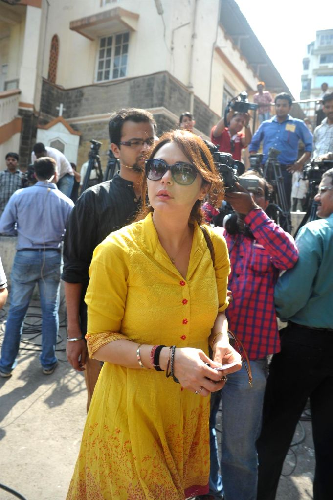 Actor Preity Zinta after casting her vote for the Lok Sabha elections, in Mumbai, on April 24, 2014. - Preity Zinta
