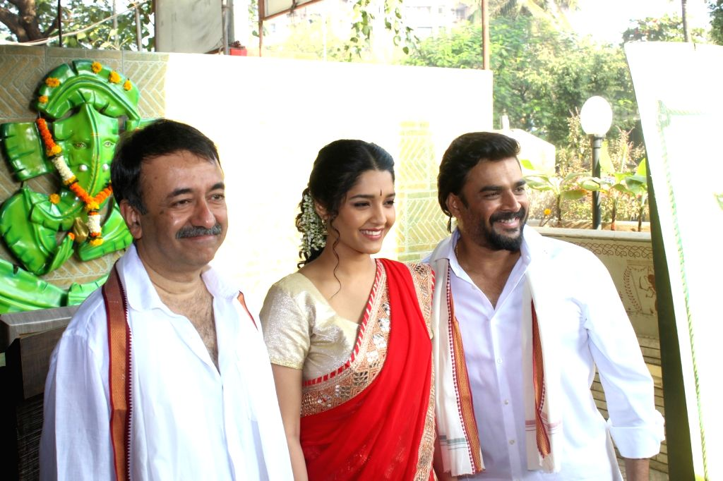 Actor R Madhavan celebrate Pongal with his upcoming film Saala Khadoos team Rajkumar Hirani and Ritika Singh in Mumbai, on Jan 14, 2016. The movie Saala Khadoos releases on 29th of this ...