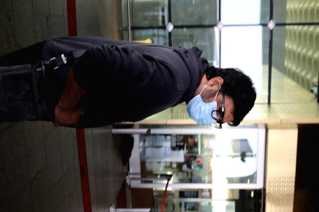 Actor R. Madhavan seen at the Chhatrapati Shivaji Maharaj International Airport in Mumbai on Dec 4, 2020. - R. Madhavan