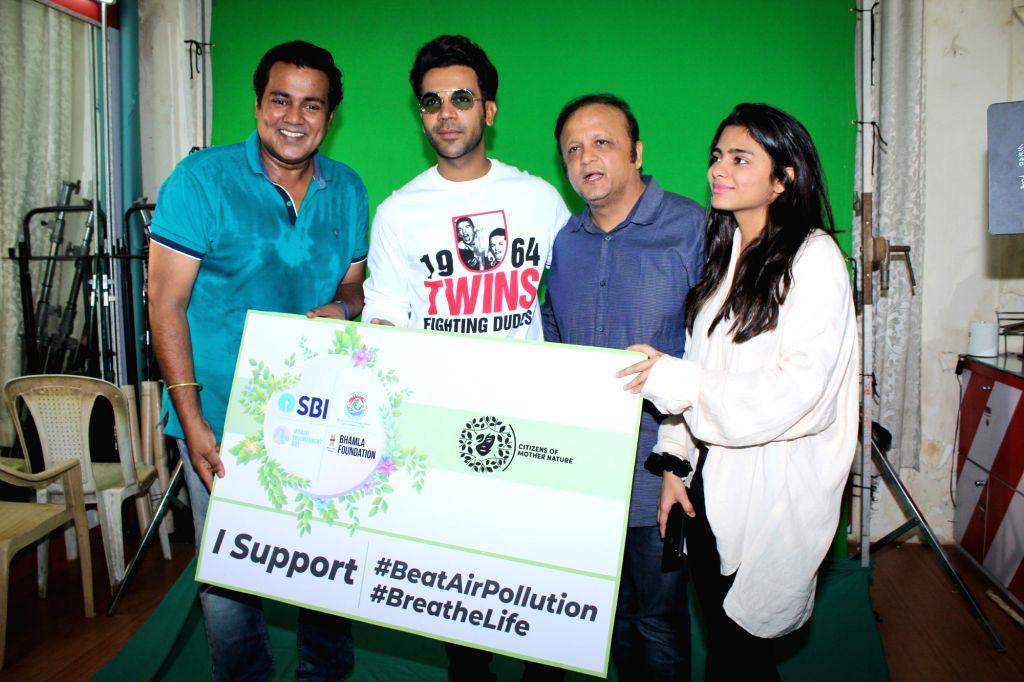 """Actor Rajkummar Rao during the shoot of Bhamla Foundation's Anti Air Pollution Anthem """"Hawaaanede"""" in Mumbai on May 11, 2019. - Rajkummar Rao"""