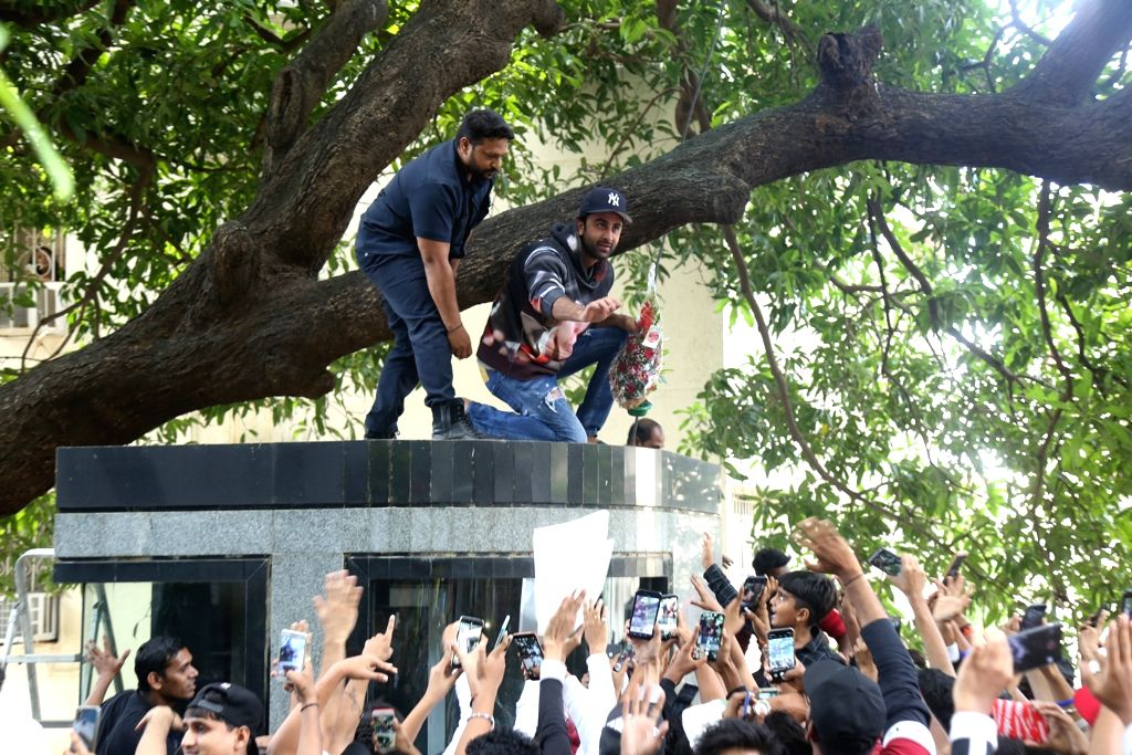 Actor Ranbir Kapoor celebrates his birthday with fans in Mumbai on Sep 28, 2019. - Ranbir Kapoor
