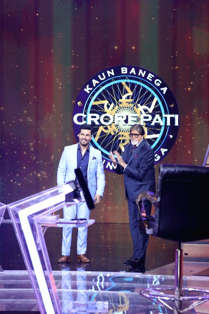 "Actor Randeep Hooda likes to be associated with good causes, and eradicating the water crisis is one of them. Randeep recently shot for an episode of ""Kaun Banega Crorepati"", which is ... - Randeep Hooda and Amitabh Bachchan"