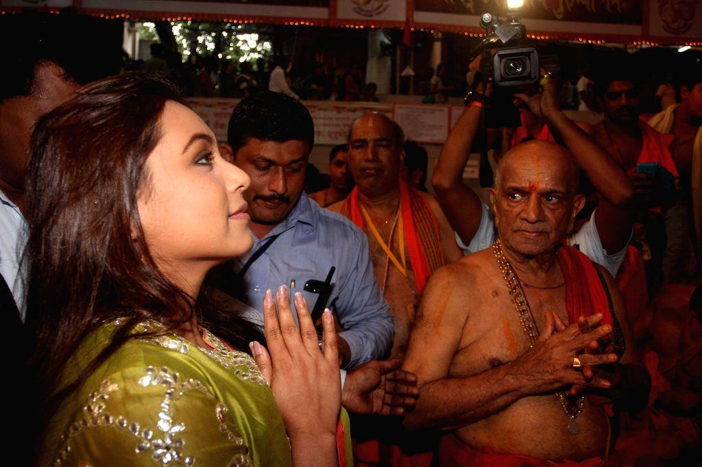 Actor Rani Mukerji offer prayers at GSB Seva Mandal in Mumbai, on Sep. 01, 2014.