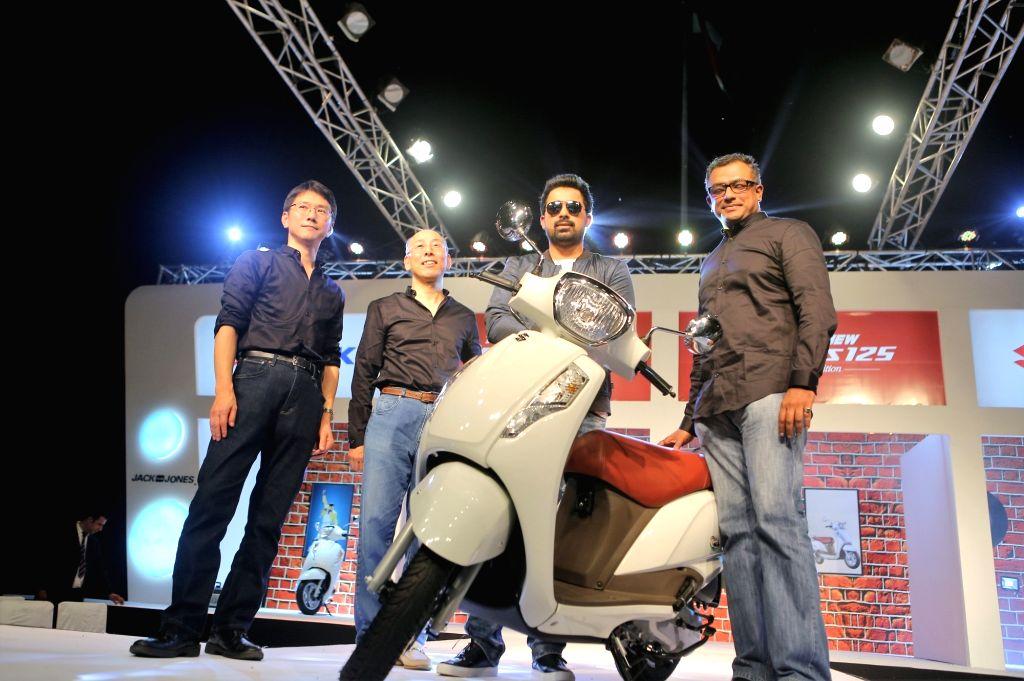 Actor Rannvijay Singh at the launch of Suzuki Access 125 in New Delhi on Sept 9, 2016. - Rannvijay Singh