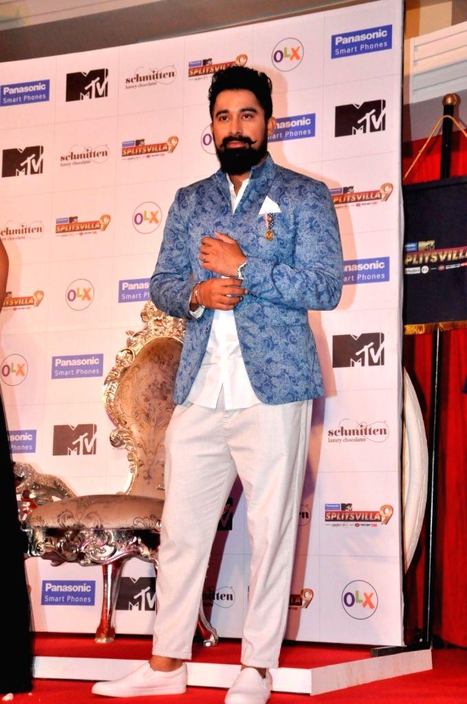 Actor Rannvijay Singh during the launch of MTV Splitsvilla 9, in Mumbai, on May 31, 2016. - Rannvijay Singh