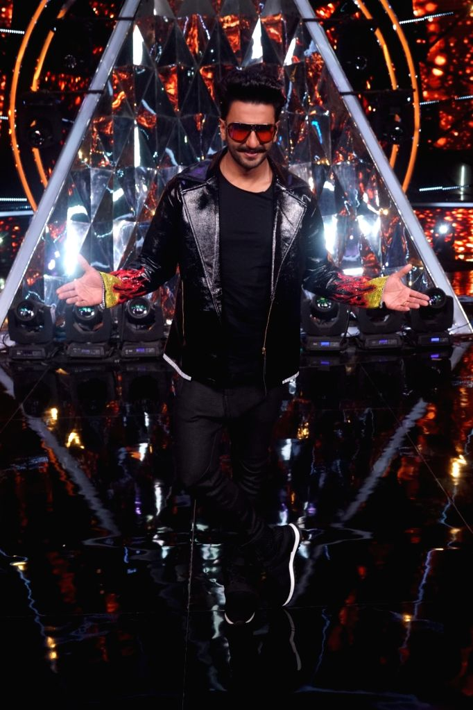 "Actor Ranveer Singh on the sets of Indian Idol Season 10 to promote his upcoming film ""Simmba"" in Mumbai on Dec 13, 2018. - Ranveer Singh"