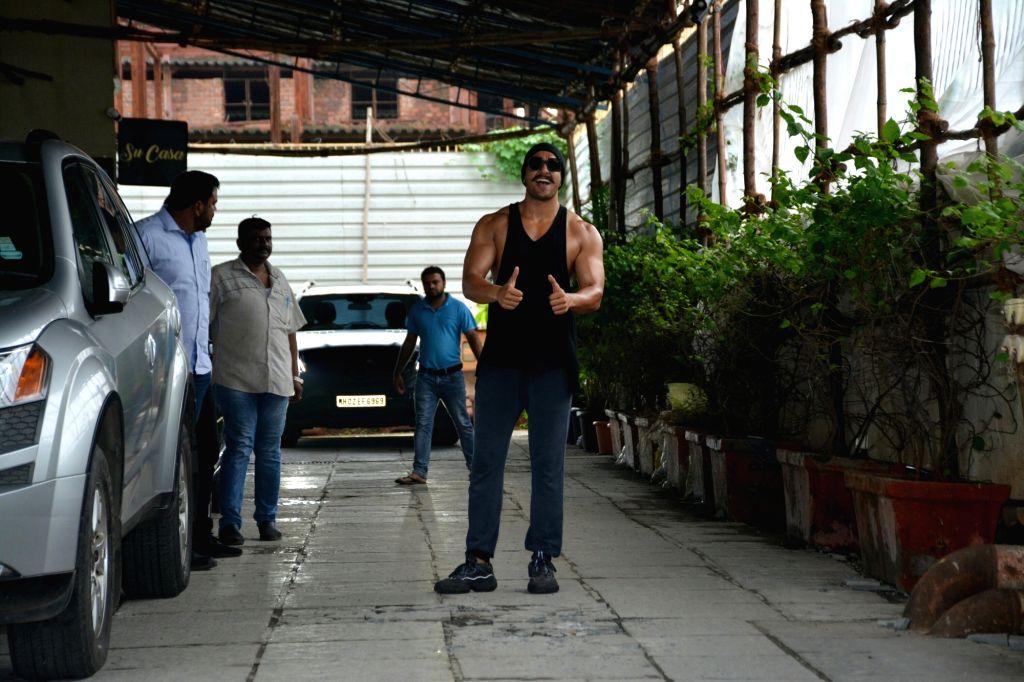 Actor Ranveer Singh seen at a gym in Bandra, Mumbai on July 12, 2018. - Ranveer Singh