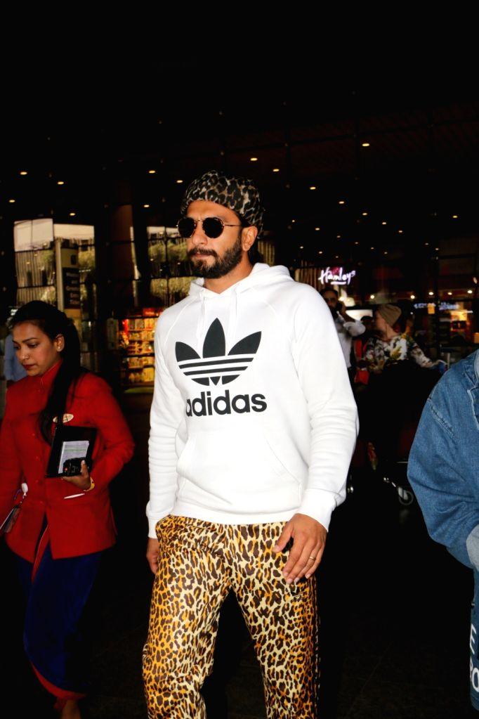 Actor Ranveer Singh seen at Chhatrapati Shivaji International Airport in Mumbai on March 7, 2019. - Ranveer Singh