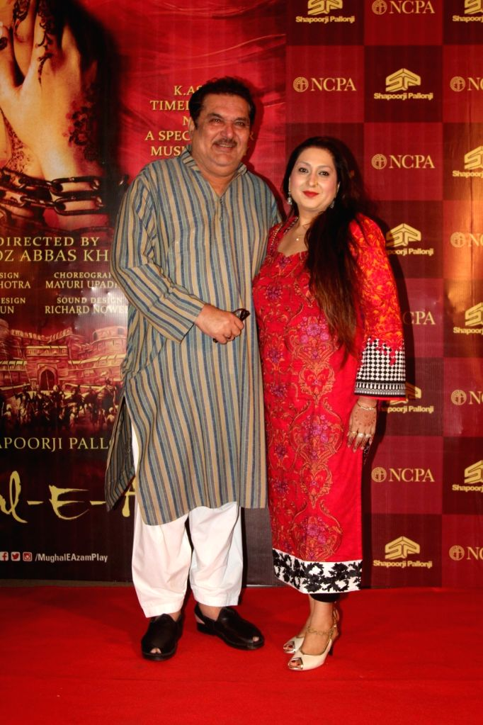 Actor Raza Murad along with his wife Samina Murad during the red carpet of musical play Mughal E Azam, in Mumbai,  on Oct 21, 2016. - Raza Murad