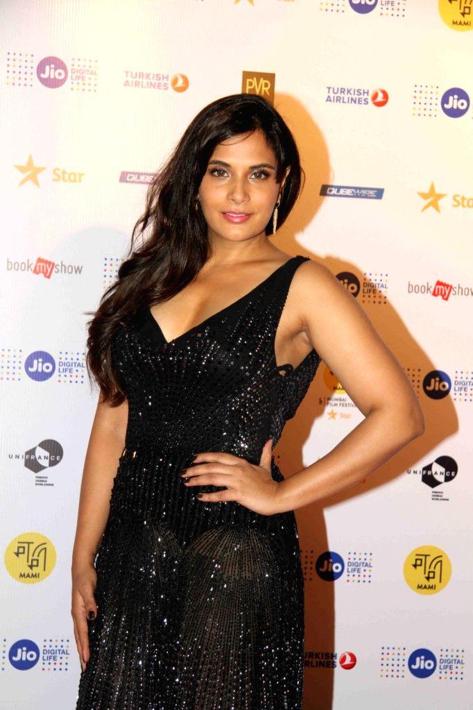Actor Richa Chadda during the closing ceremony of Jio MAMI 18th Mumbai Film Festival in Mumbai on Oct. 27, 2016. - Richa Chadda