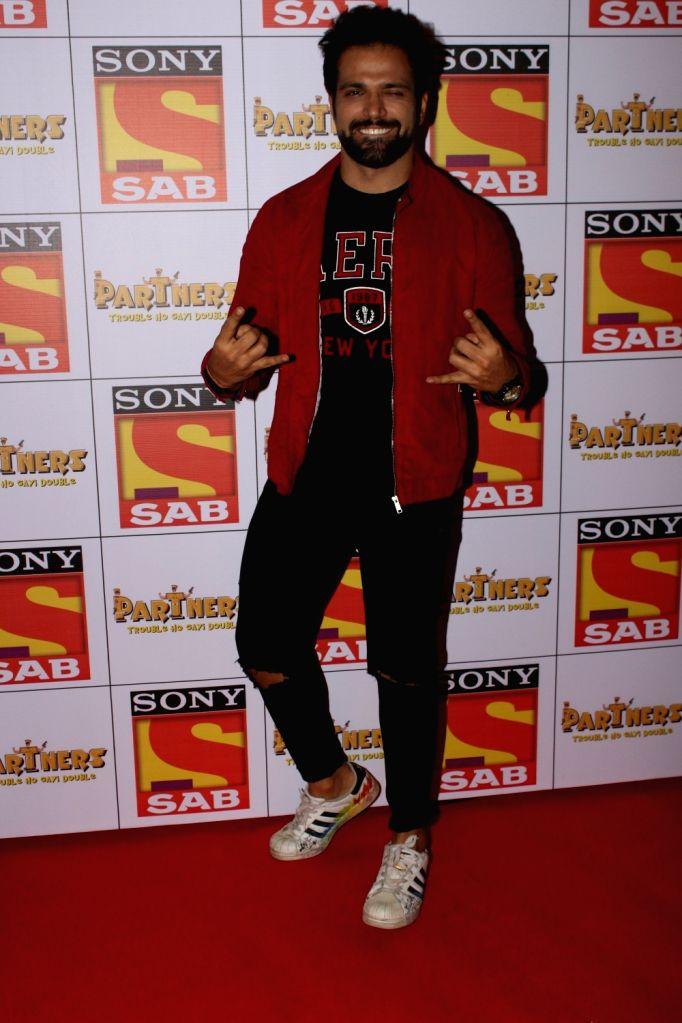 "Actor Rithvik Dhanjani at the red carpet of new television show ""Partners"" in Mumbai on Nov 28, 2017. - Rithvik Dhanjani"
