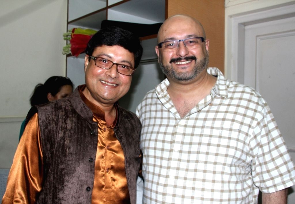 Actor Sachin Pilgaonkar and Raju Singh during the 77th birthday celebration of late Bollywood music director R D Burman, in Mumbai on June 24, 2016. - Sachin Pilgaonkar and Raju Singh