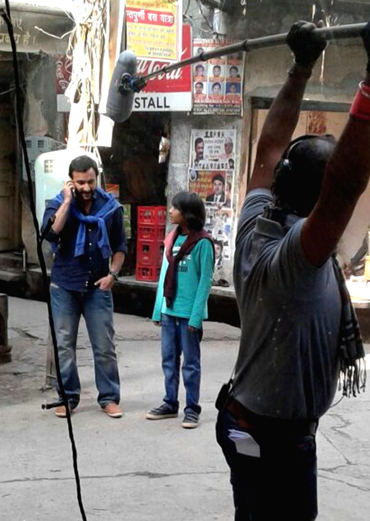 Actor Saif Ali Khan during the shooting of film 'Chef' in Amritsar on Nov 22, 2016. - Saif Ali Khan