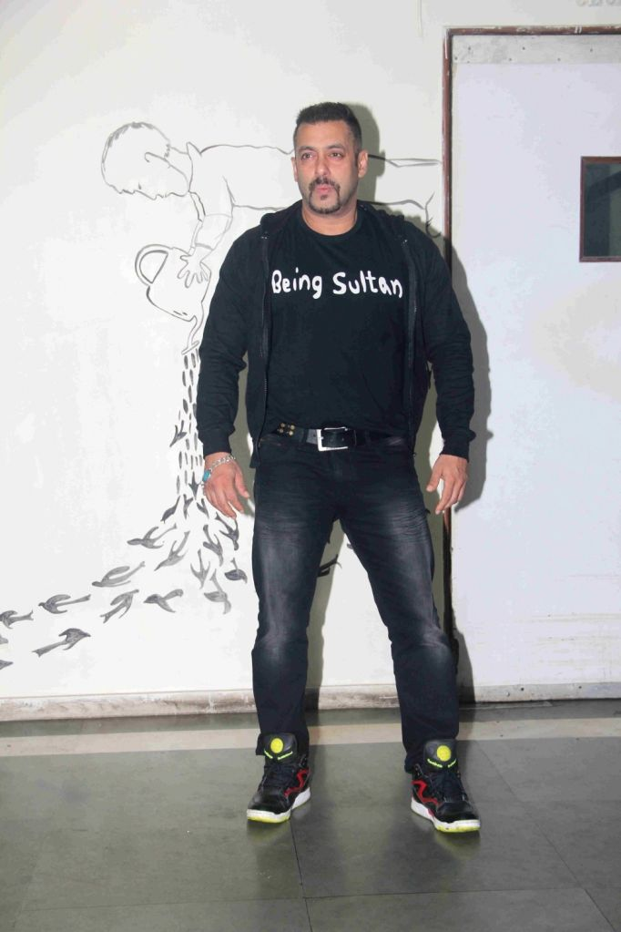 Actor Salman Khan arrives to attend the premiere of actress Daisy Shah`s debut play Begum Jaan, in Mumbai on July 2, 2016. - Salman Khan and Shah