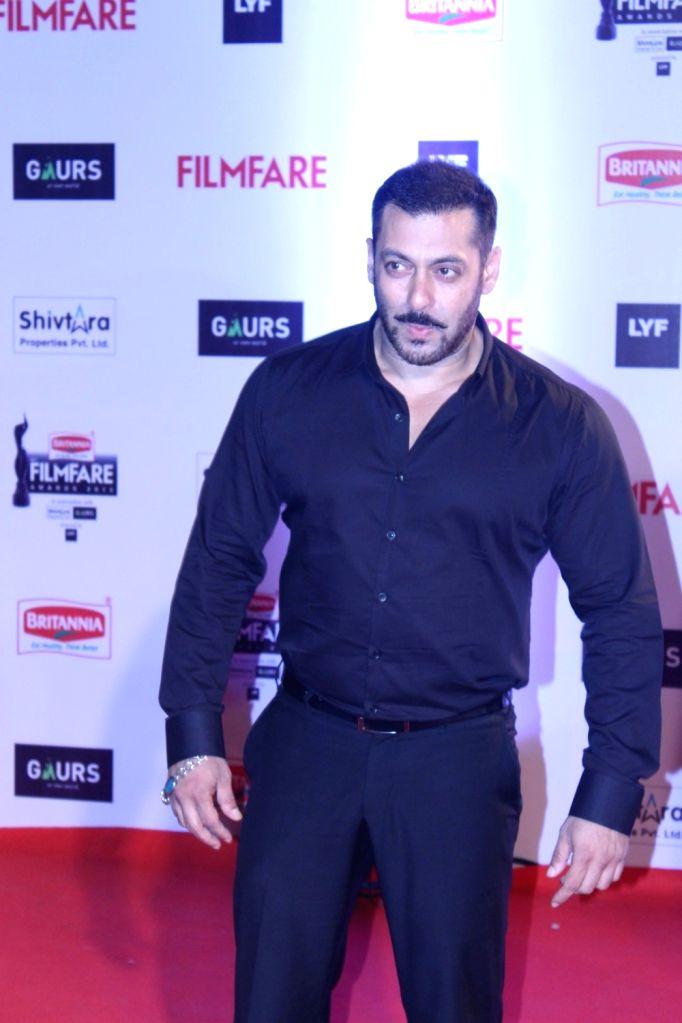 Actor Salman Khan during the 61st Britannia Filmfare Awards in Mumbai on January 15, 2016. - Salman Khan