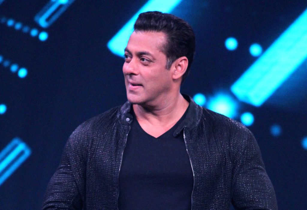 """Actor Salman Khan on the sets of a dance reality show """"Super Dancer chapter 3"""", in Mumbai on May 27, 2019. - Salman Khan"""