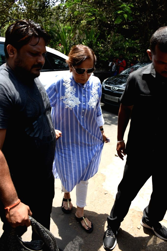 Actor Salman Khan's mother Salma Khan arrives to cast her vote for the fourth phase of 2019 Lok Sabha elections, in Mumbai on April 29, 2019. (Photo: IANS) - Salman Khan and Salma Khan