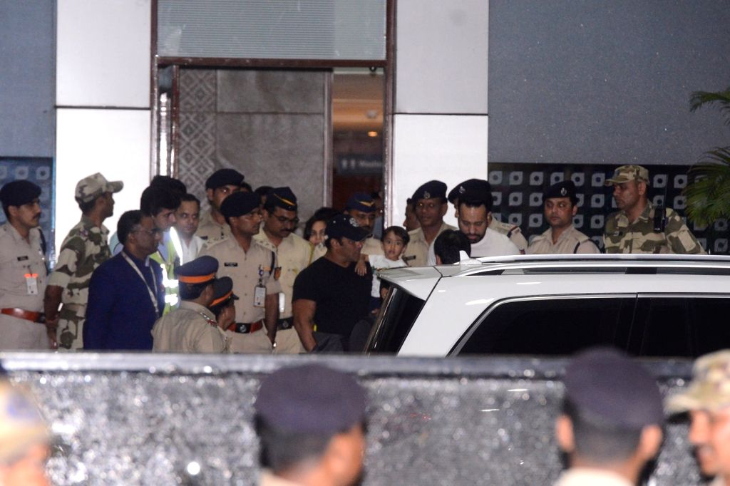 Actor Salman Khan seen at Chhatrapati Shivaji International Airport in Mumbai on April 7, 2018. The actor was granted bail by a district and sessions court in Jodhpur on Saturday in the 1998 ... - Salman Khan