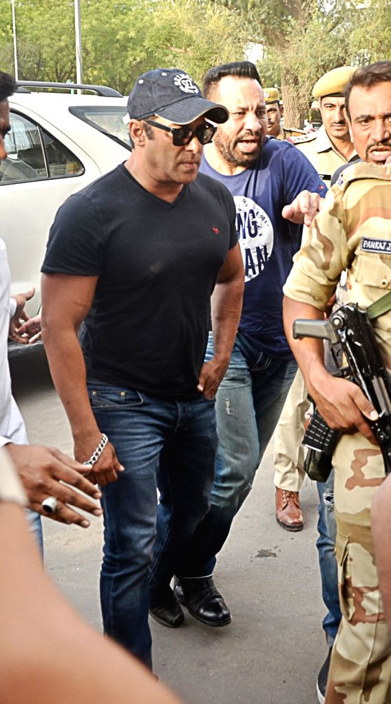 Actor Salman Khan seen at Jodhpur Airport as he leaves for Mumbai on April 7, 2018. The actor was granted bail by a district and sessions court in Jodhpur on Saturday in the 1998 black buck ... - Salman Khan