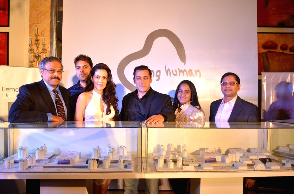 Actor Salman Khan with his sister Arpita Khan Sharma and actress Waluscha de Sousa at the launch of  Being Human Jewellery in New Delhi, on Sept 30, 2016. - Salman Khan and Arpita Khan Sharma
