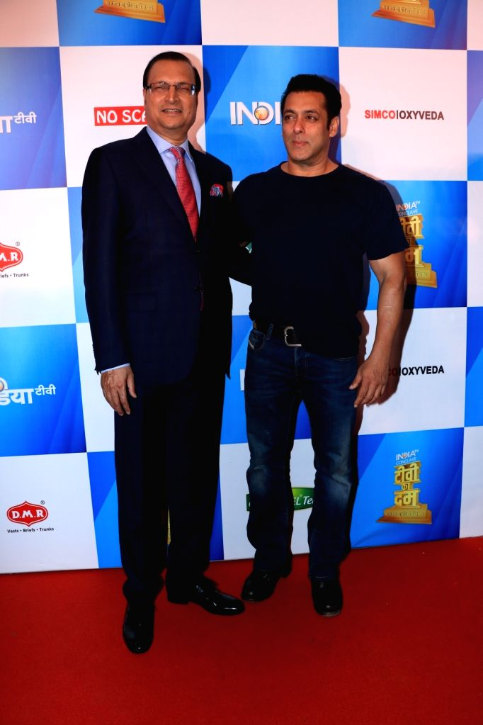 Actor Salman Khan with journalist Rajat Sharma at India Today Conclave in Mumbai, on Feb 2, 2019. - Salman Khan and Rajat Sharma