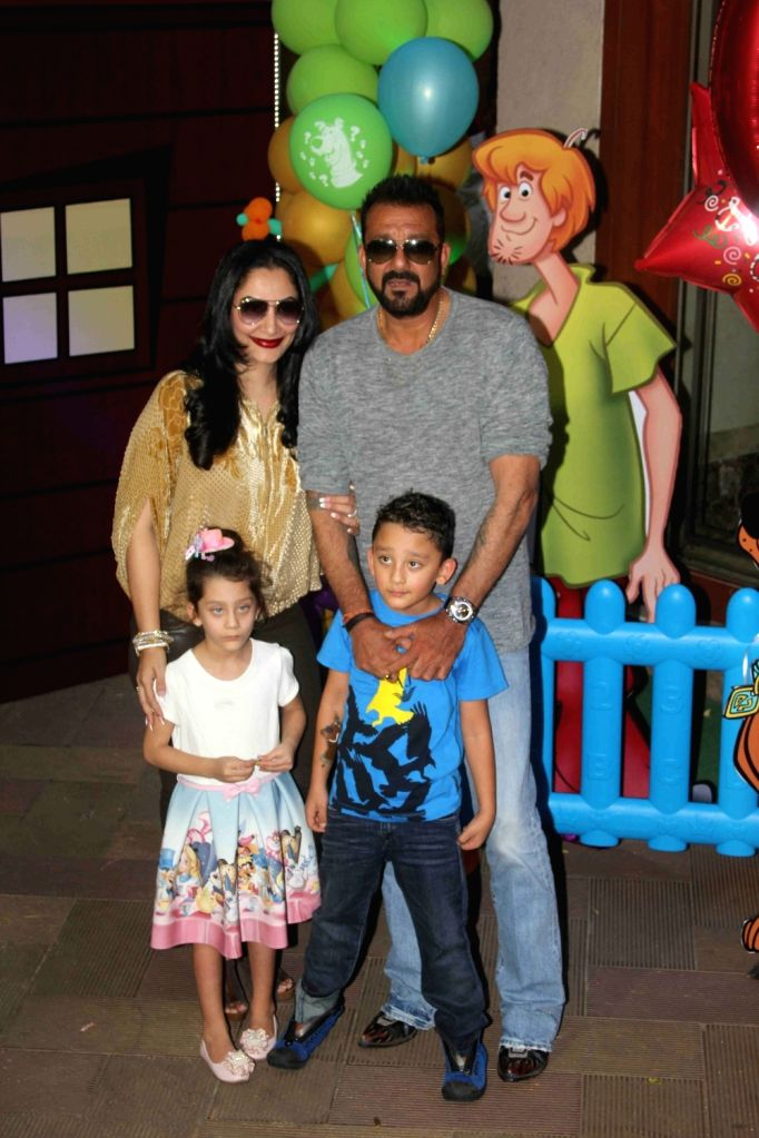 Actor Sanjay Dutt along with his wife Manyata and his children Iqra Dutt and Shahraan Dutt during the 6th birthday celebrations of Shahraan and Iqra, in Mumbai on Oct 21, 2016. - Sanjay Dutt, Iqra Dutt and Shahraan Dutt