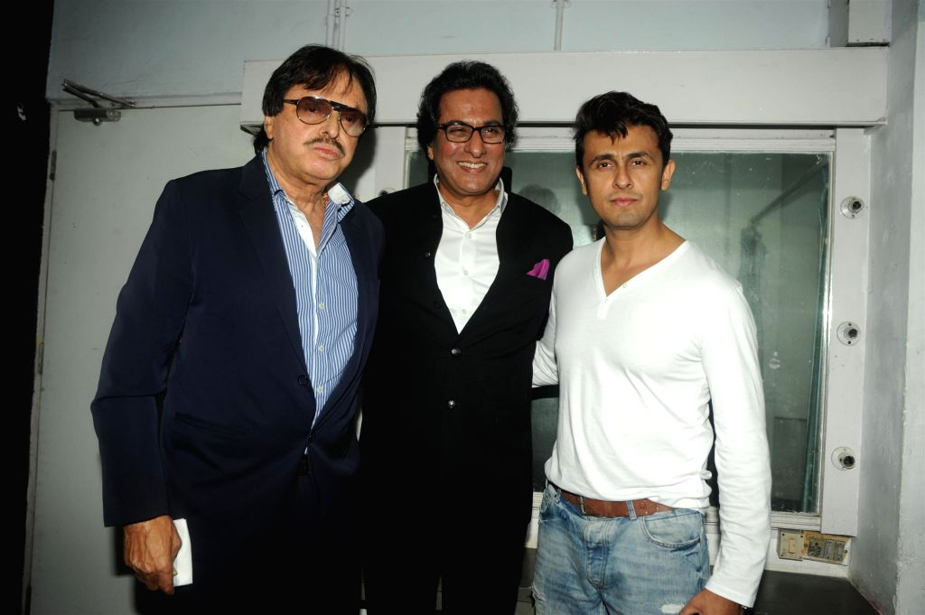 Actor Sanjay Kha, singers Talat Aziz and Sonu Nigam during the Bollywood Classics with Ghazal singer Talat Aziz ``Yeh Shaam Mastani`` show in Mumbai, on Aug 20, 2015. - Sanjay Kha and Sonu Nigam