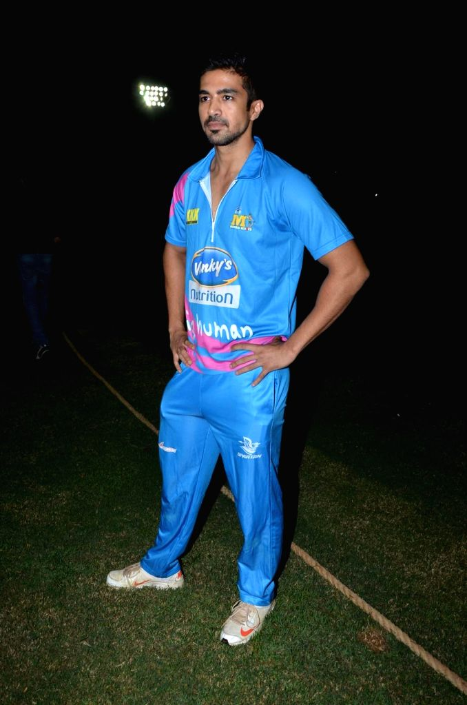 Actor Saqib Saleem during the Corporate Cricket Match Season 2, in Mumbai, on Oct 26, 2015. - Saqib Saleem